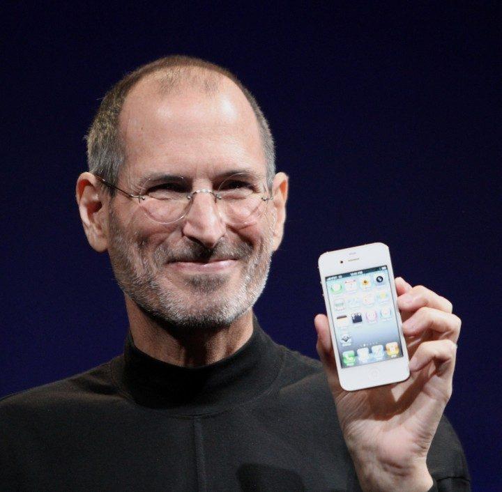 Steve_Jobs_Headshot_2010-CROP-720x706